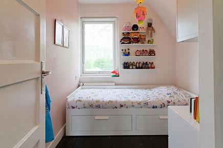 Authentisch Deich Haus mit einem modernen Innenraum (16)