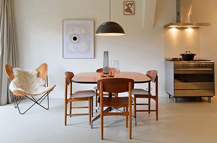 Authentisch Deich Haus mit einem modernen Innenraum