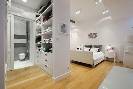 Begehbarer Kleiderschrank ein Luxus Penthouse