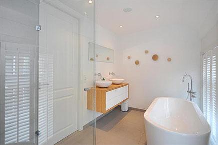 Luxus endet im Badezimmer im Obergeschoss Wohnung