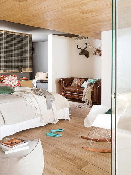 Transparente Schlafzimmer Loft in Barcelona  (3)