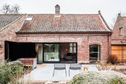 atemberaubende sanierung alter bauernhof in belgien wohnideen einrichten. Black Bedroom Furniture Sets. Home Design Ideas