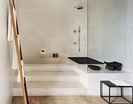 Badezimmer mit Ebenen