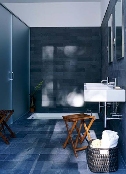 Badezimmer mit Wellness gefühl