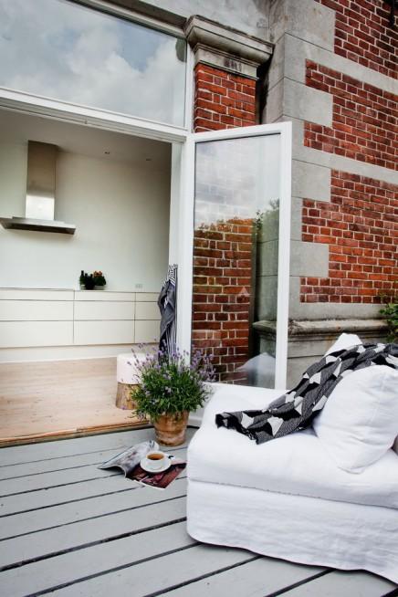 balkon-terrasse-neben-kuche