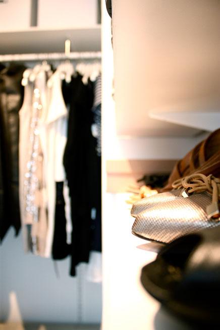 begehbarer-kleiderschrank-finnische-blogger-laura (2)