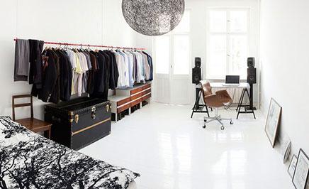 Begehbarer Kleiderschrank im Schlafzimmer kleine Wohnung ...