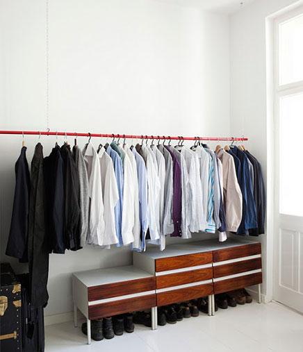 Begehbarer Kleiderschrank im Schlafzimmer kleine Wohnung Berlin