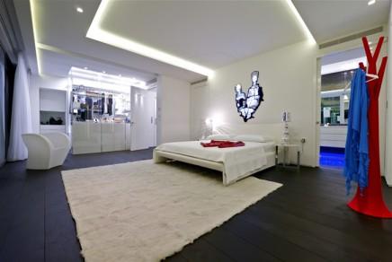 begehbarer-kleiderschrank-one-of-best-penthouses-for-sale-ever-2