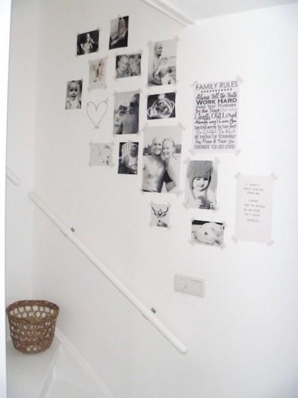 Bilderrahmen auf der treppe wohnideen einrichten - Fotocollage an der wand ...
