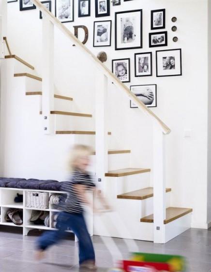 bilderrahmen-auf-treppe