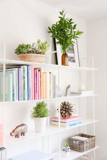 b cher sortieren nach farbe wohnideen einrichten. Black Bedroom Furniture Sets. Home Design Ideas