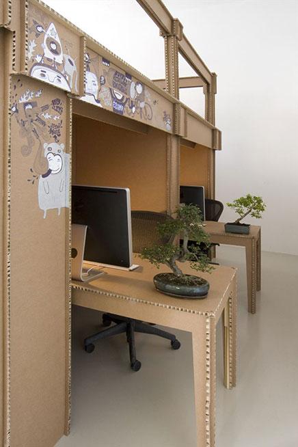 Büro von Karton von Werbe-Agentur Nothing