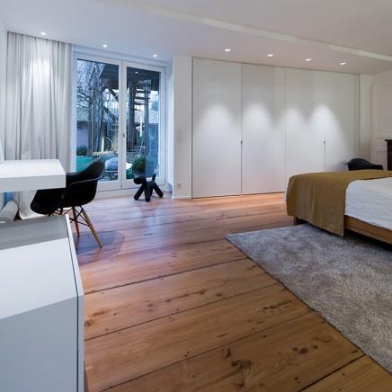 charakteristisches-haus-modernem-interieur (1)