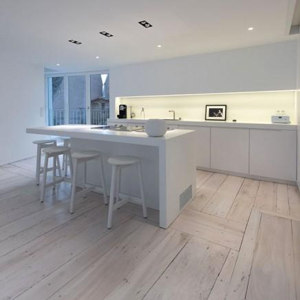 charakteristisches-haus-modernem-interieur (5)