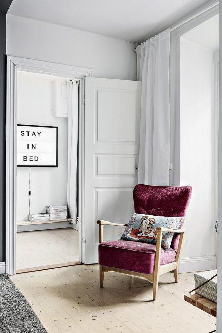 Die Sitzplätze im kleinen Wohnzimmer ist super schön und ...