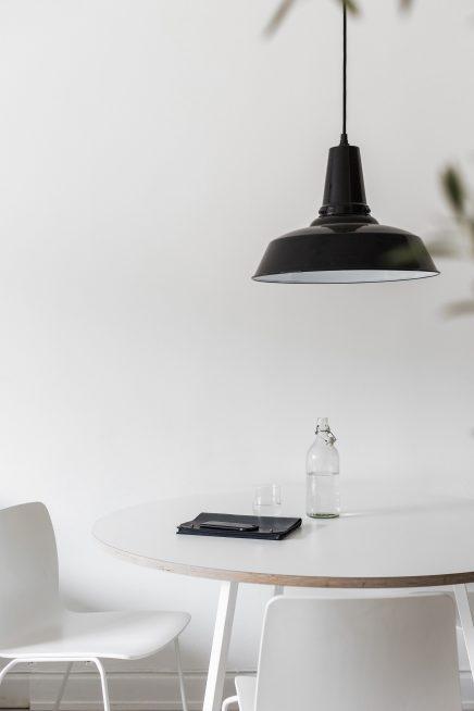 diese-wohnung-ist-wie-eine-suite-eines-luxushotels-skandinavischen-dekoriert (12)