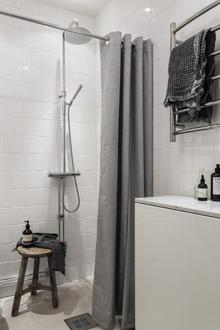 diese-wohnung-ist-wie-eine-suite-eines-luxushotels-skandinavischen-dekoriert (6)
