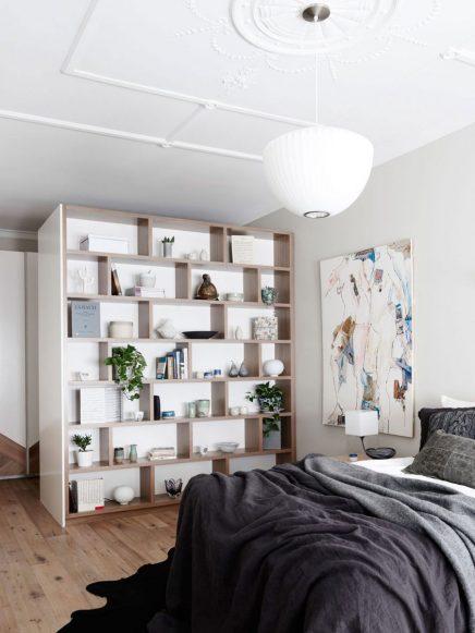 ein voller begehbarer kleiderschrank im schlafzimmer wohnideen einrichten. Black Bedroom Furniture Sets. Home Design Ideas