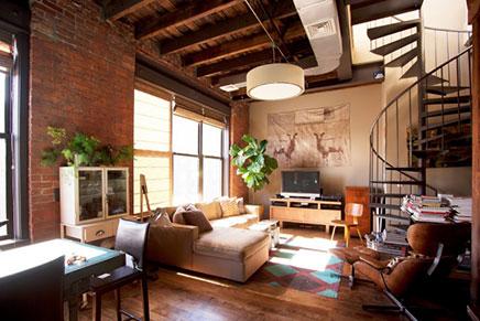 Entspannte Balkon Loft Wohnung