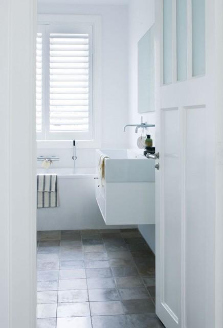 fensterladen-badezimmer