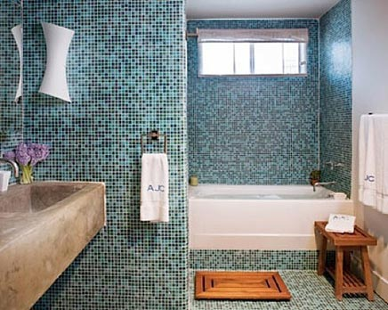 Frische beruhigende mosaik badezimmer