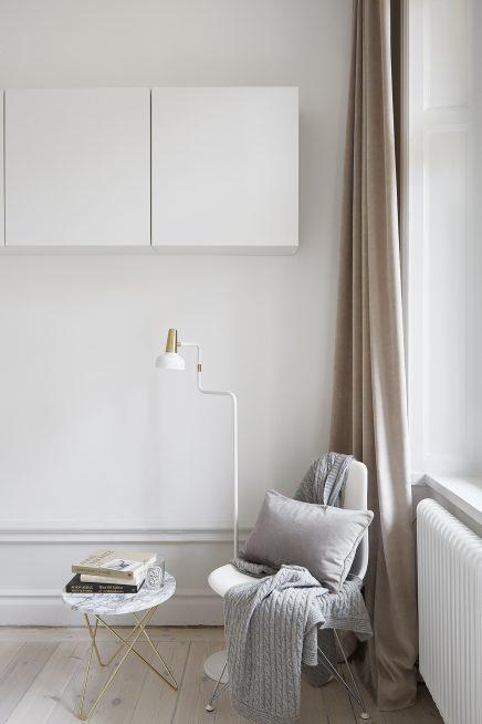frische-schicke-schlafzimmer-mit-gold-details (4)