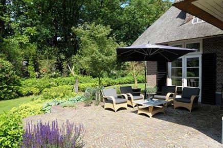 Garten ideen aus diepenveen wohnideen einrichten - Terrasse einrichten ideen pouf ...