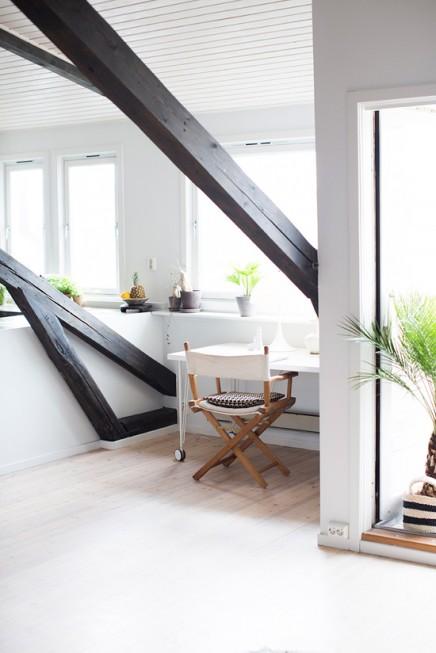 gemutlich-eingerichtete-kleinen-balkon (2)