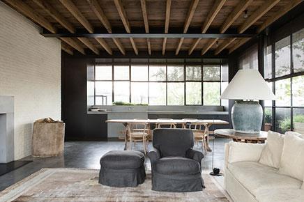 gemutliches-wohnzimmer-industrielle-details