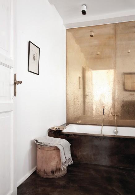 goldene-wand-norwegischen-badezimmer (1)