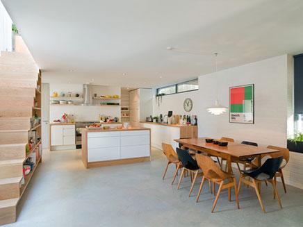 Große offene Küche von Kahtryn Tyler Wohnideen einrichten