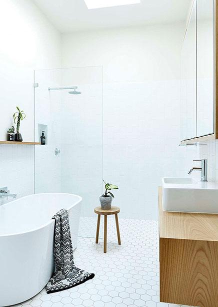 helles-badezimmer-frischen-design