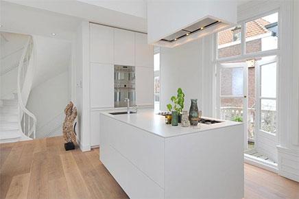 helles-wohnzimmer-kompakte-offene-kuche (11)