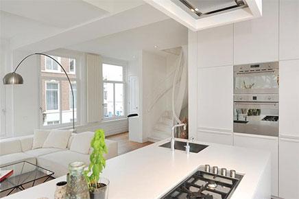 helles-wohnzimmer-kompakte-offene-kuche (14)