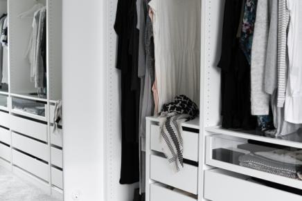 ikea pax kleiderschrank von mia wohnideen einrichten. Black Bedroom Furniture Sets. Home Design Ideas