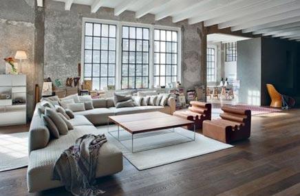 Industrielle loft wohnzimmer