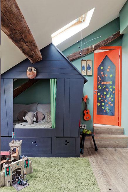 Kinderzimmer auf dem Dachboden des Arsene
