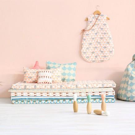 kinderzimmer-lounge-haufen-matratzen