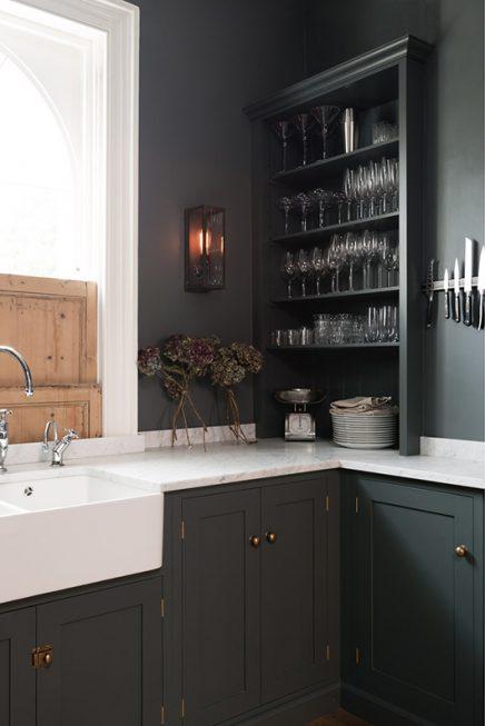 klassische moosgr n k che devol wohnideen einrichten. Black Bedroom Furniture Sets. Home Design Ideas