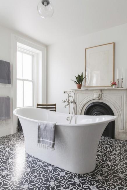 Gemusterte Fliesen klassisches badezimmer mit schönen gemusterten fliesen wohnideen