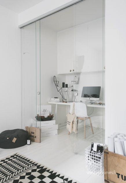 kleine-arbeitsplatz-glastur-in-der-kuche-kann-schiebe-7