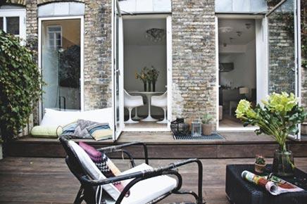 Lounge Garten der Villa