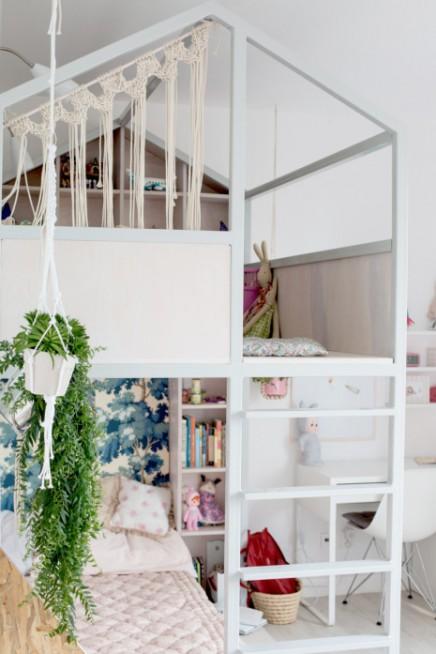 M dchenzimmer mit etagenbett und kabine von fasinka for Tapete madchenzimmer