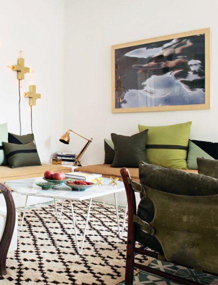 marokkanisches wohnzimmer mit zementfliesen wohnideen. Black Bedroom Furniture Sets. Home Design Ideas