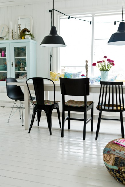 mix-van-zwarte-stoelen