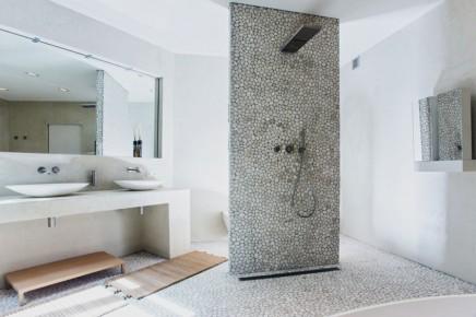 modernes-landliche-badezimmer-naturlichen-materialien (1)