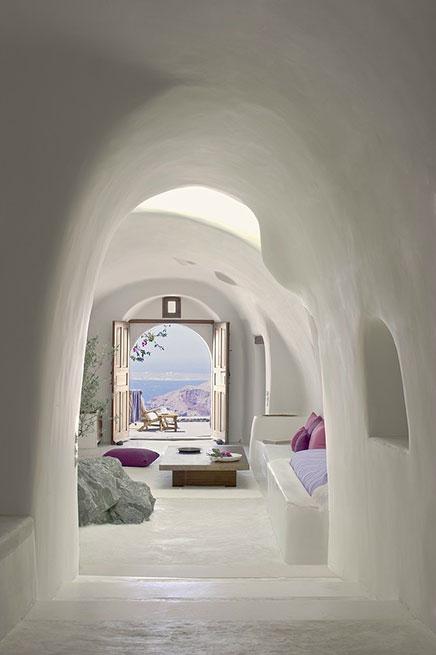 perivolas-hotel-santorini-3