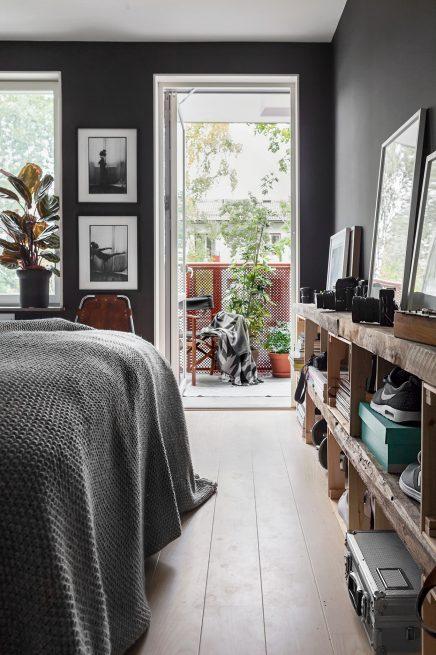 schlafzimmer-mit-schwarzen-wanden-4