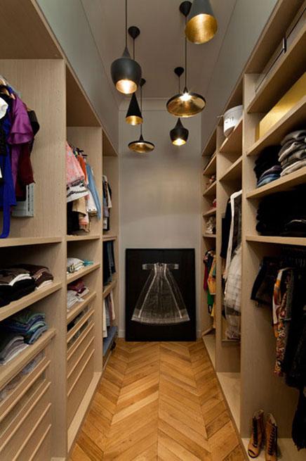 Schmale Begehbarer Kleiderschrank durch Architekt Charlotte MACAUX Perelman